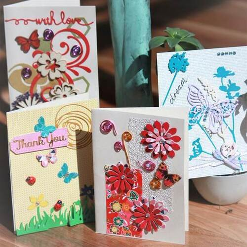 Gorgeous Garden 8 Pack Card Making Kit